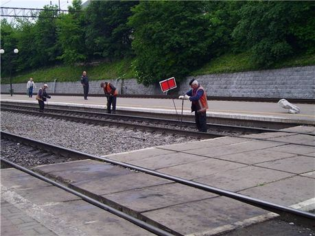 Ремонтники на железной дороге
