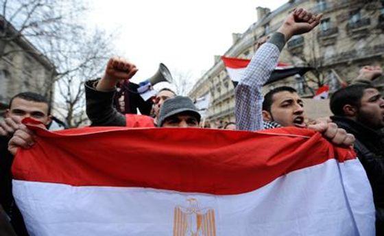 Демонстранти в Каїрі