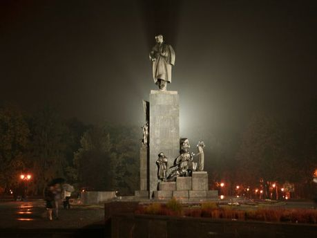 Пам'ятник Тарасові Шевченку