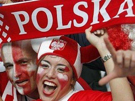 Уболівають за Польщу