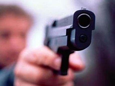 Застрелил коллег и себя