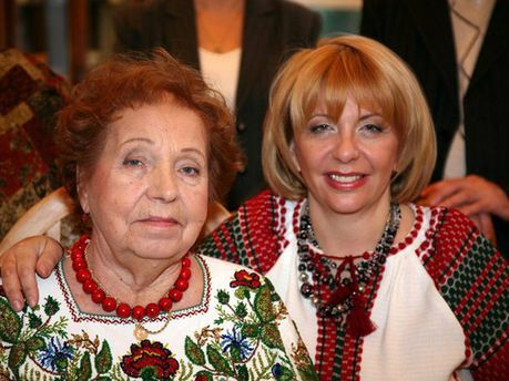 Катерина Ющенко з мамою