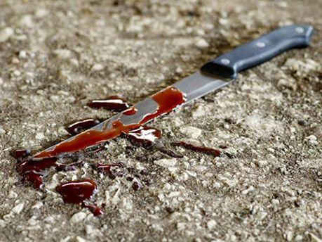 Убив ножем