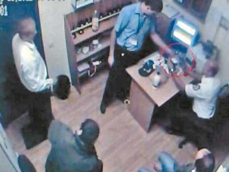 Кадр з відеоспостереження