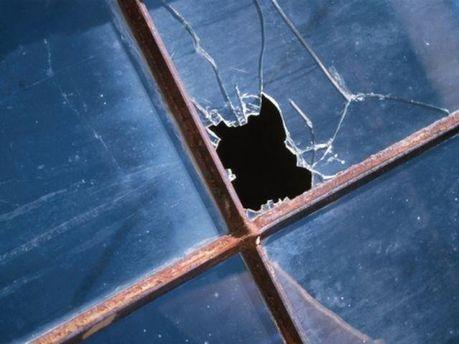 Рразбитое окно