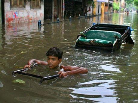Сильні дощі в Індії