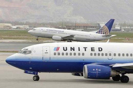 Самолет компании United Airlines