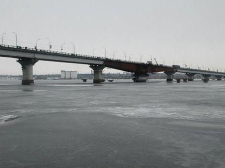 Мост, с которого бросилась женщина