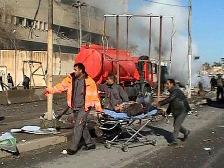 В Ираке террорист-смертник взорвал очередь за зарплатой (Фото)