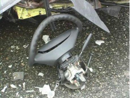 В аварии в Киеве погибли трое молодых людей (Фото)