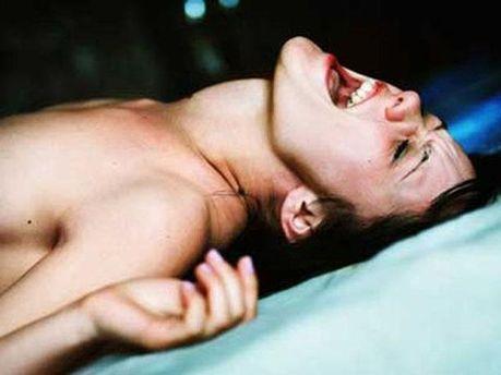 Крик во время секса обостряет ощущения