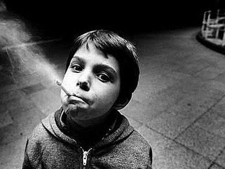 Ребенок, который курит