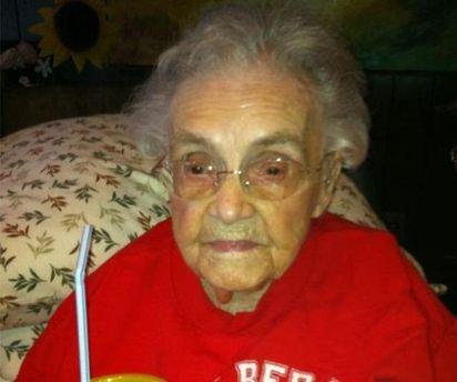 104-летняя пользовательница Facebook