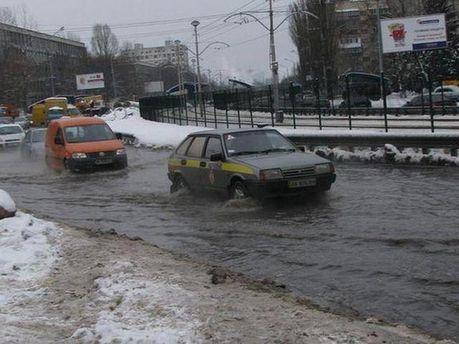 Танення снігу у Києві