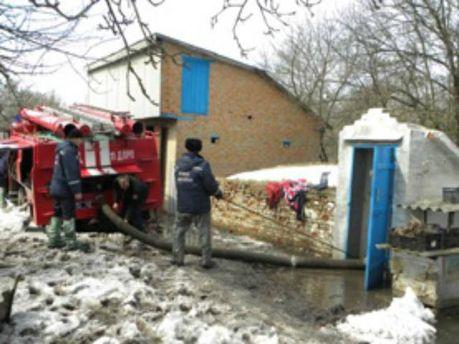 На Черниговщине подтопило несколько домов (Фото. Видео)