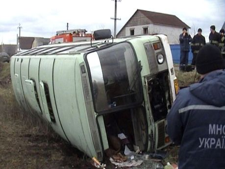 На Черкащині перекинувся автобус