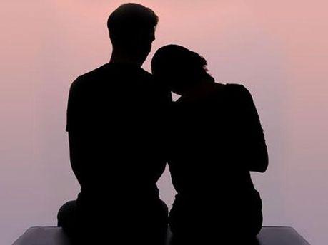 російськаанглійськаукраїнська Мужчин больше, чем женщин, огорчает бездетность