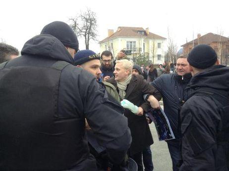 Задержание одного из активистов