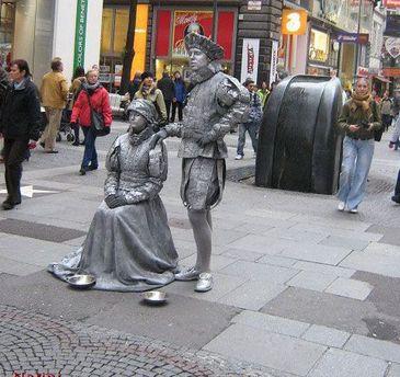 Живі статуї на вуличках Відня
