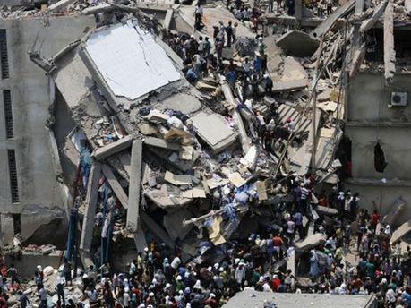 Обвал фабрики у Бангладеш