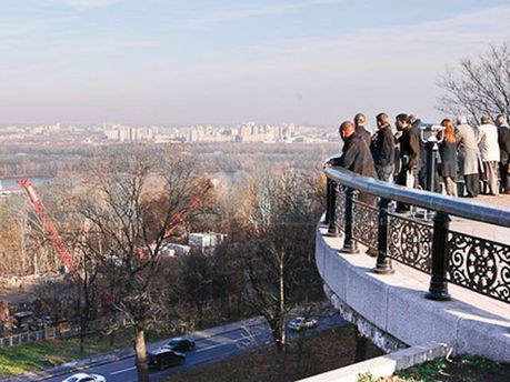 Смотровая площадка в Мариинском парке