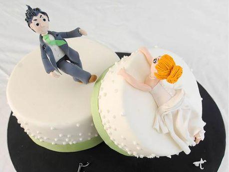 Молодята розлучилися одразу на весіллі