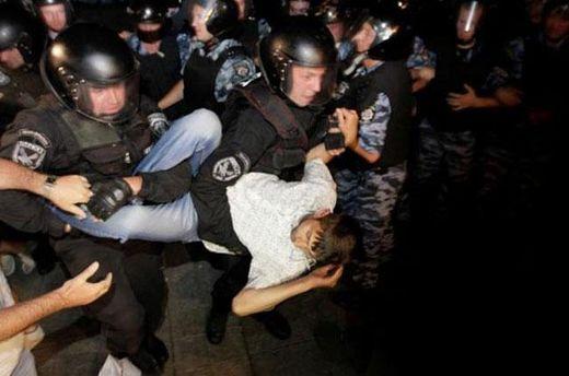 Разгон палаточного городка на Майдане в ночь на 19 июля