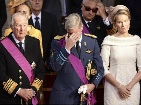 Торжественная церемония: Альберт Второй отрекся от престола в пользу своего сына (Фото)