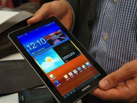 """В столиці грабіжники """"обчистили"""" магазин Samsung за 40 секунд"""