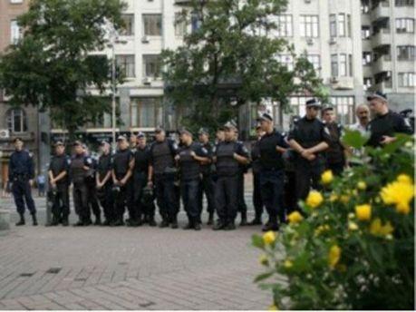Милиция во время протеста 27 июля