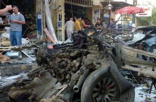 Авто после взрыва в Багдаде