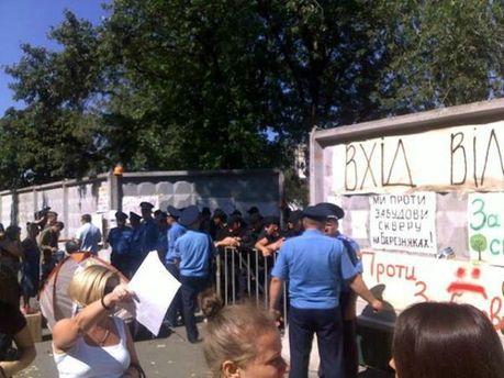 Жители Березняков протестуют против застройки