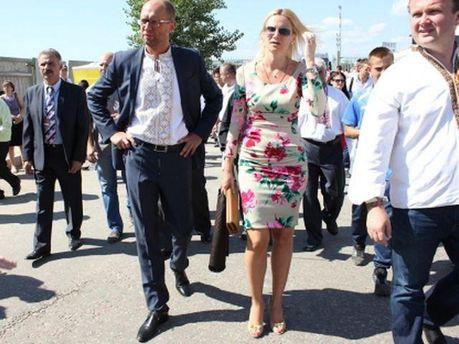 Арсеній Яценюк і Олена Кондратюк