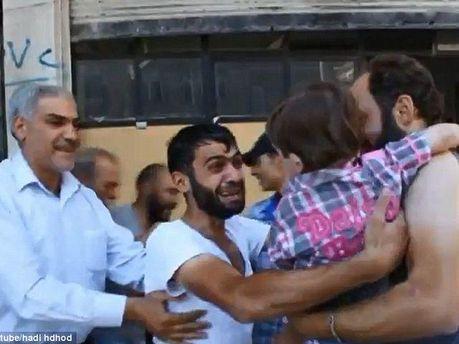 Встреча сирийца с сыном