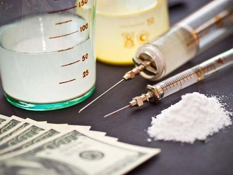 Уряд хоче зменшити покарання за зберігання наркотиків