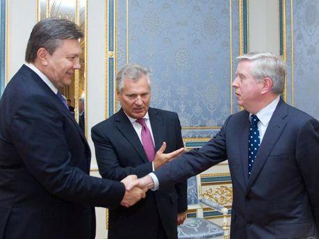 Янукович, Кокс и Квасневский