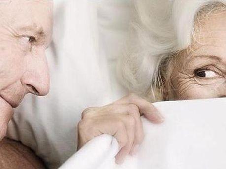 Секс в пожилом возрасте способствует работе мозга