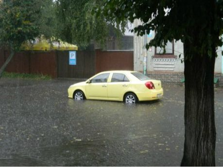 Злива у Рівному