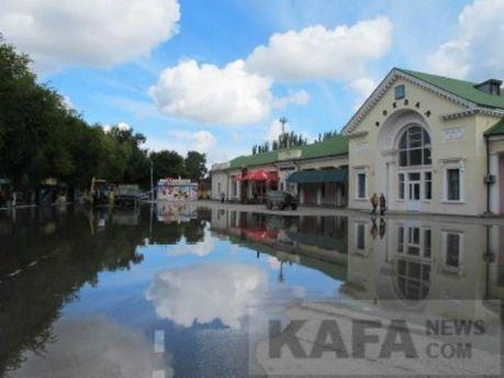 Затоплені вулиці Феодосії