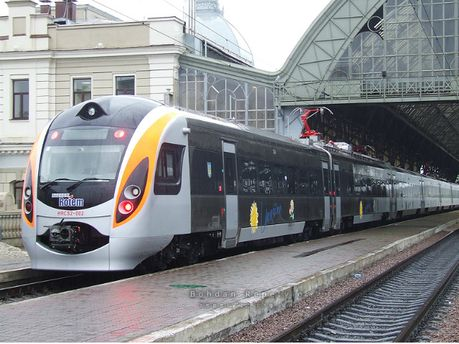 Потяг Hyundai