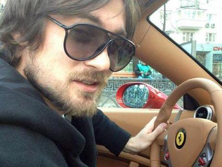Мілевський за кермом Ferrari