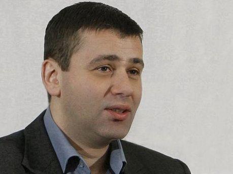 Олег Великін