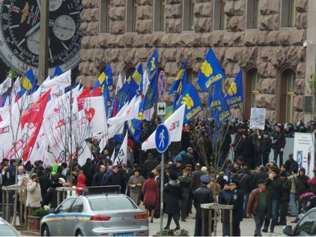 Акция под Киевсоветом