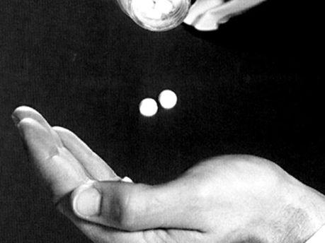 Міліціонер продавав наркотики