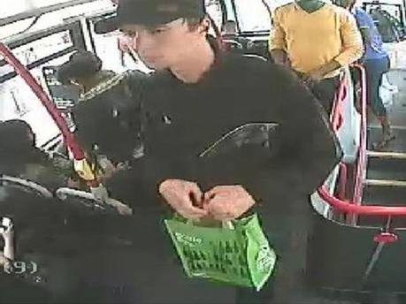 Павел Лапшин во время перевозки взрывчатки в автобусе