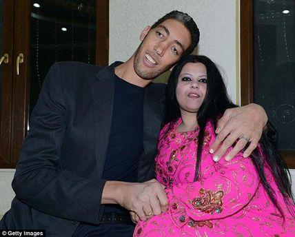 Султан Косен с женой