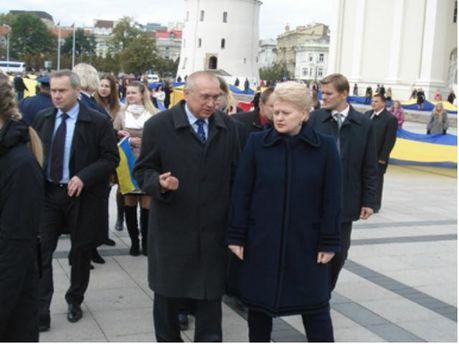 Посол України в Литві Валерій Жовтенко та президент Литви Даля Грибаускайте
