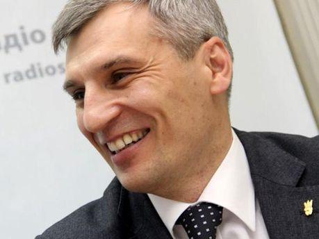 Руслан Кошулинський