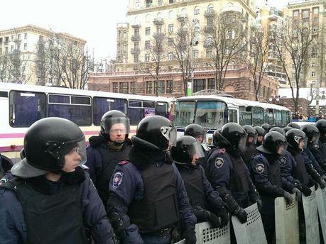 Правоохранители перекрыли ул. Грушевского