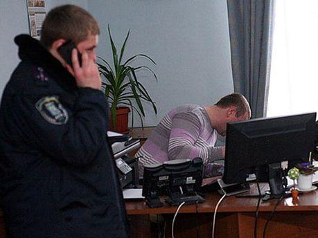 В КГГА заявили о краже документов и техники